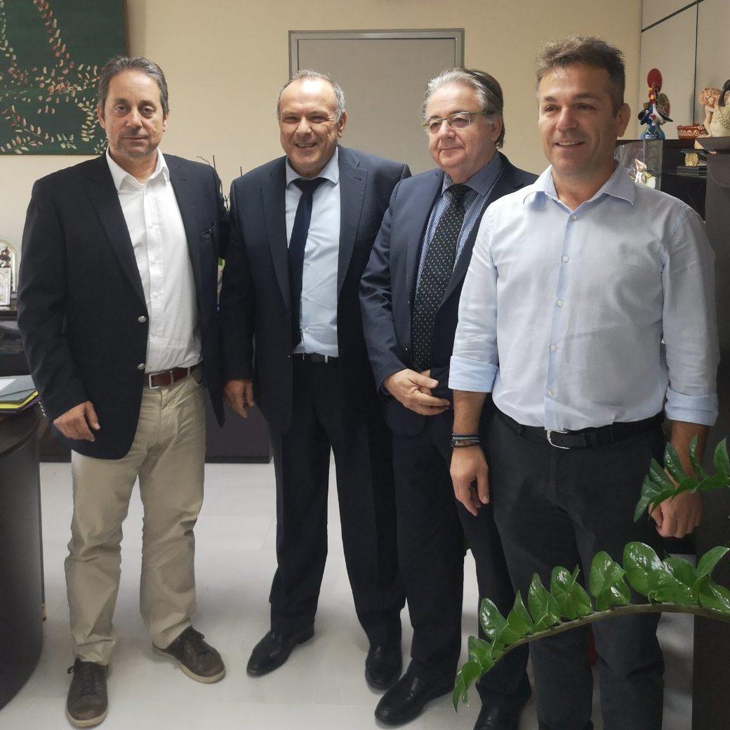 Με το νέο Πρόεδρο Δ.Σ. και τον Διευθύνοντα Σύμβουλο του ΟΛΕ, συναντήθηκε ο Δήμαρχος Ελευσίνας