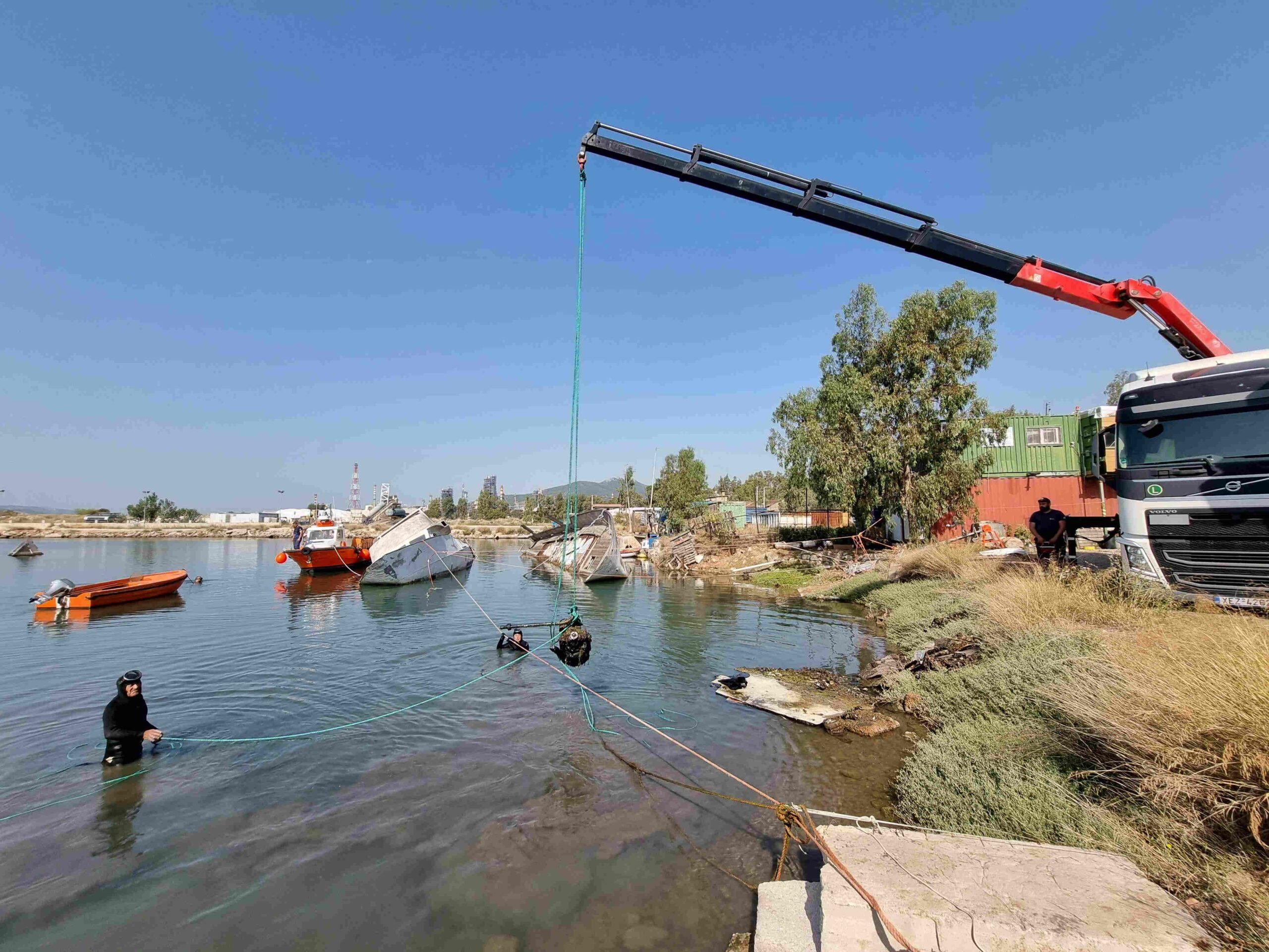 You are currently viewing Δράση καθαρισμού του βυθού και της χερσαίας ζώνης λιμένος Ελευσίνας στην περιοχή Βλύχα
